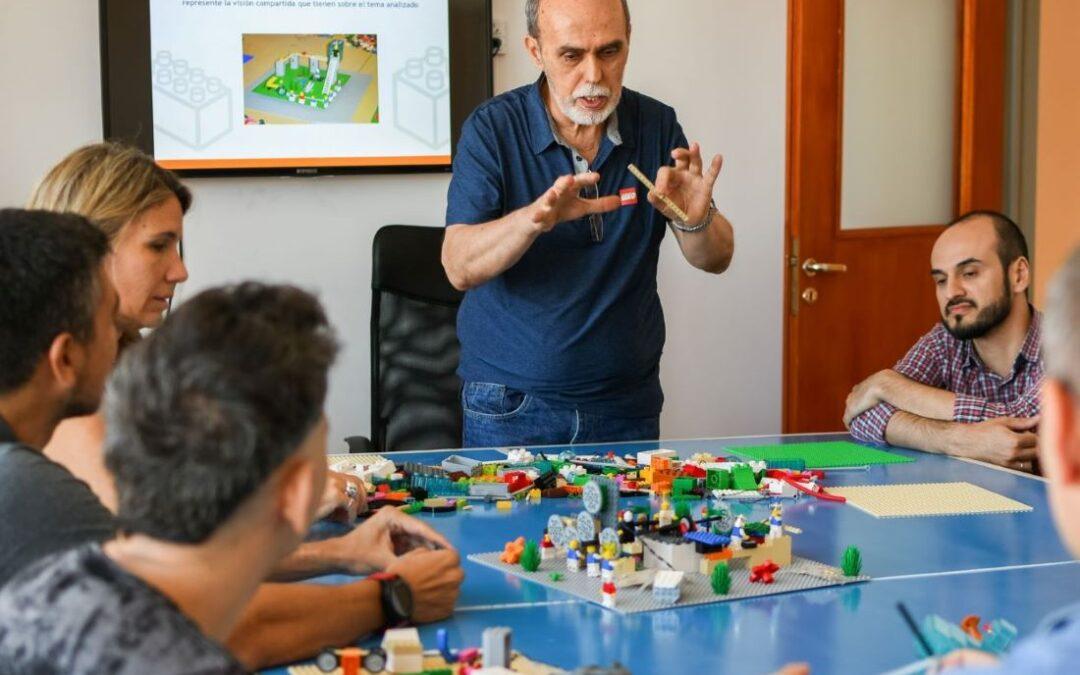 ALCANCES Y LIMITES EN LA LABOR DEL FACILITADOR DE LEGO® SERIOUS PLAY®